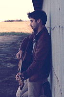 Photo session with singer songwriter Phil Minissale on location at a farm in Chester Springs